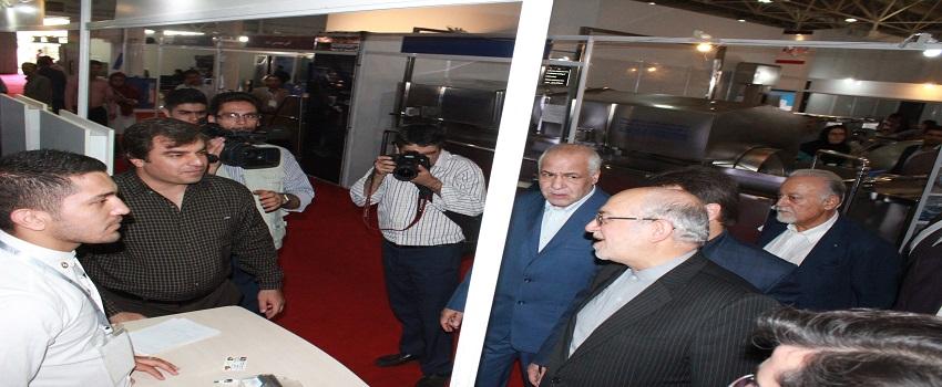 Kavosh Sanat - Industry minister visit of kavosh sanat